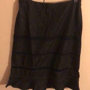 Ann Taylor  size 8 petite Black denim embroidery